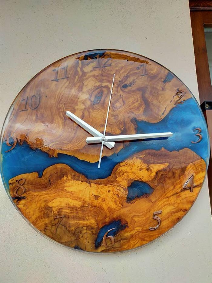 epoxy river wall clock