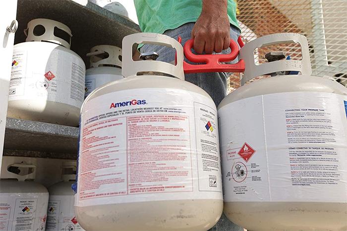 grocery bag handle propane tanks