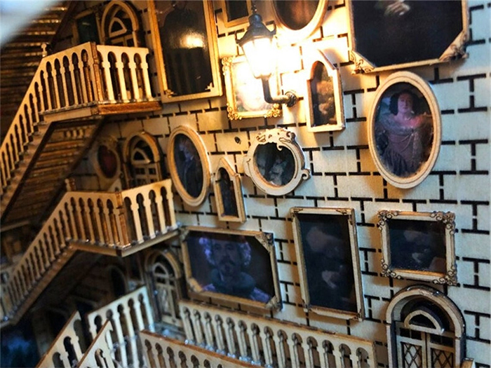 harry potter moving staircases diorama portraits