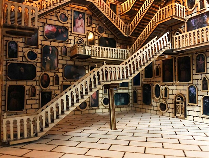 hogwarts-inspired book nook rotating staircase