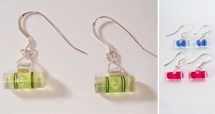 level earrings