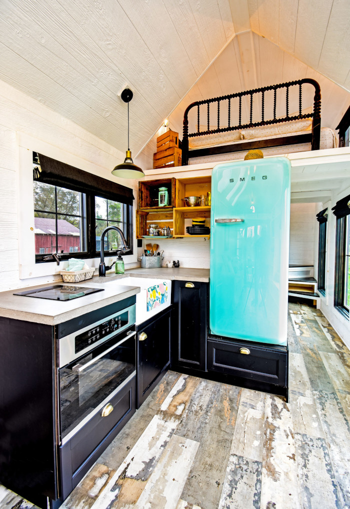 roost36 kitchenette
