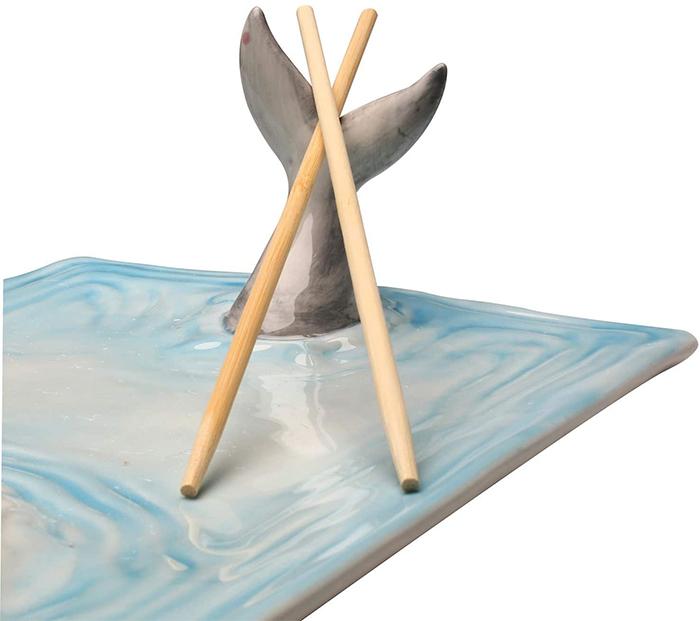 tail fins chopsticks holder