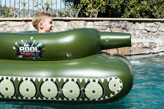 inflatable combat vehicle swimming toy