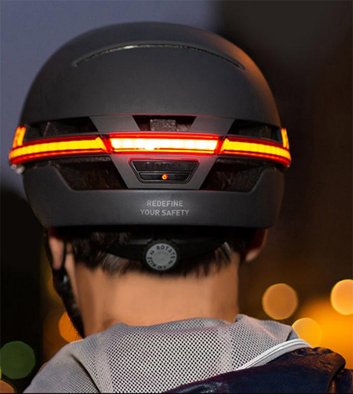 smart bike helmet turn signal tail lights