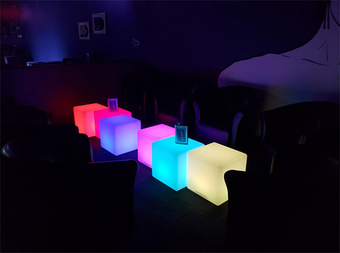 color-changing display boxes