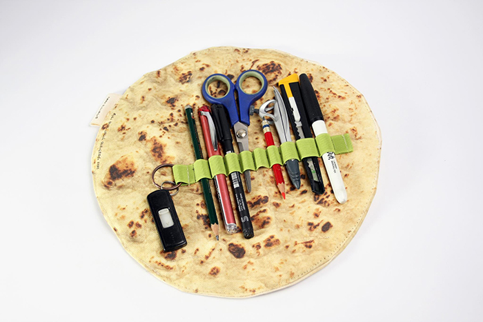 flatbread roll up pen case