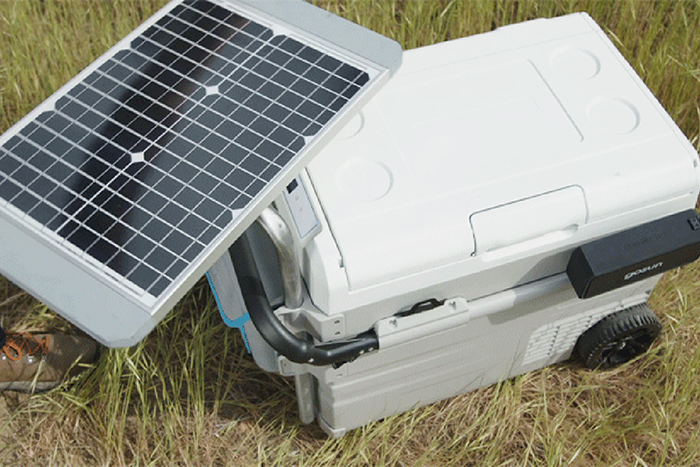 gosun chillest solar-powered cooler solar table charger