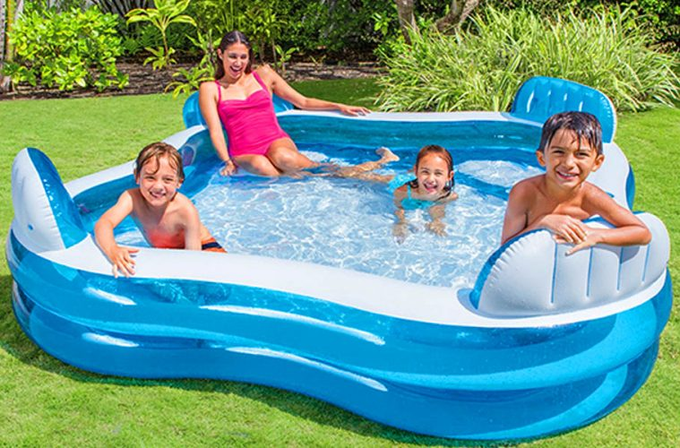 inflatable pool with 4 seats