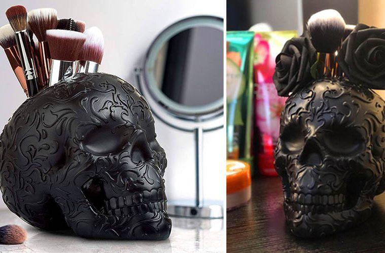 Skull Makeup Brush Holder