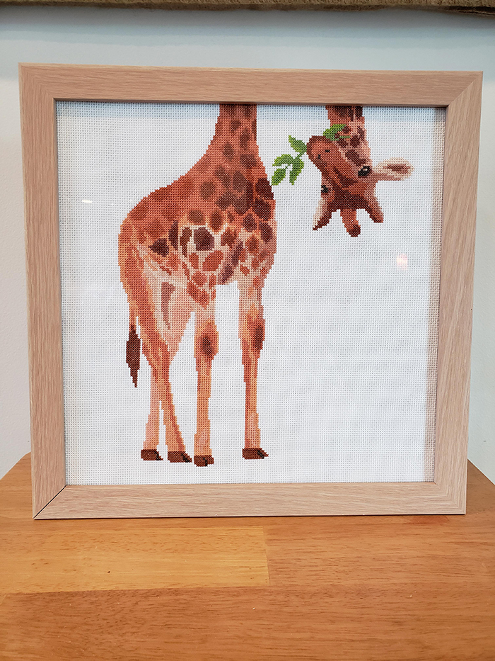 counted-thread embroidery art funny giraffe