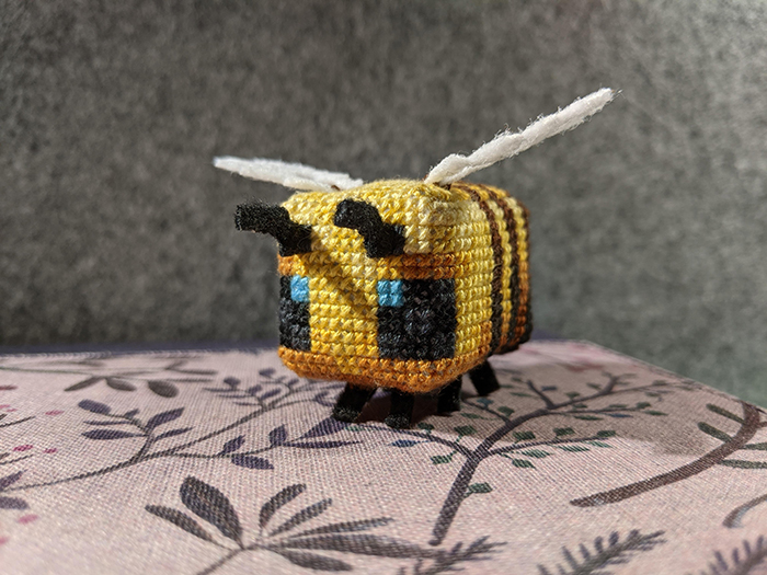 counted-thread embroidery art minecraft bee