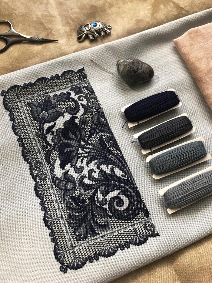 cross-stitch art spanish lace