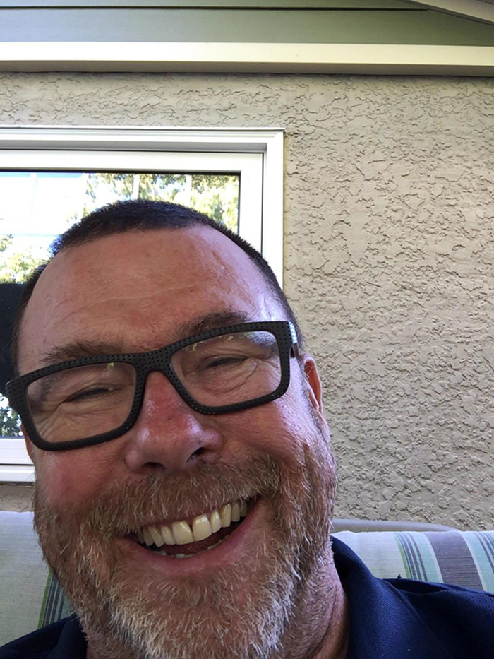 old people being wholesome man accidentally taking photo of himself instead of grandchildren