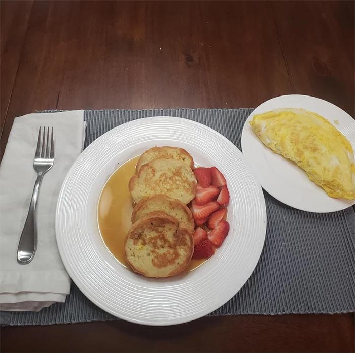 pregnant women struggles third breakfast