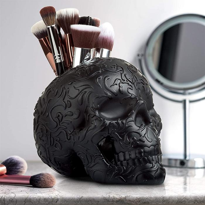 skull makeup brush holder solid resin