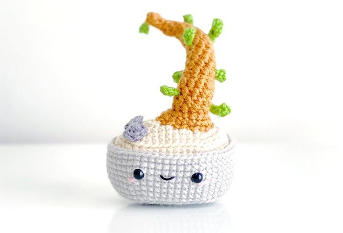 amigurumi yarn potted plants