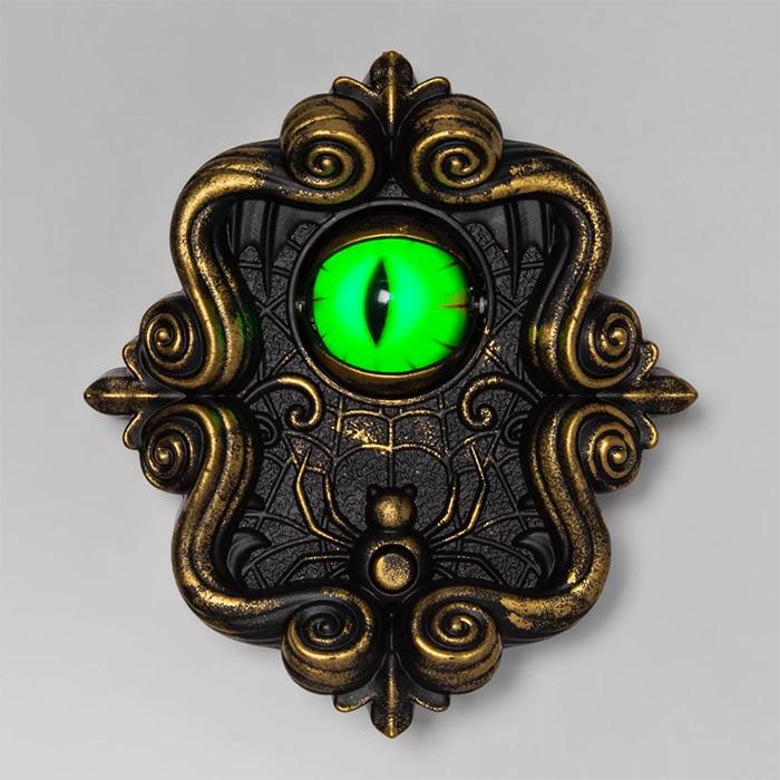 doorbell with animated eyeball