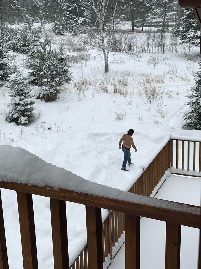 florida man cooling off canadian snow