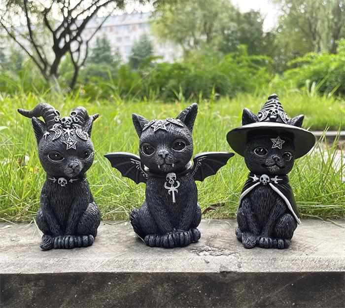 halloween cat lawn gnomes