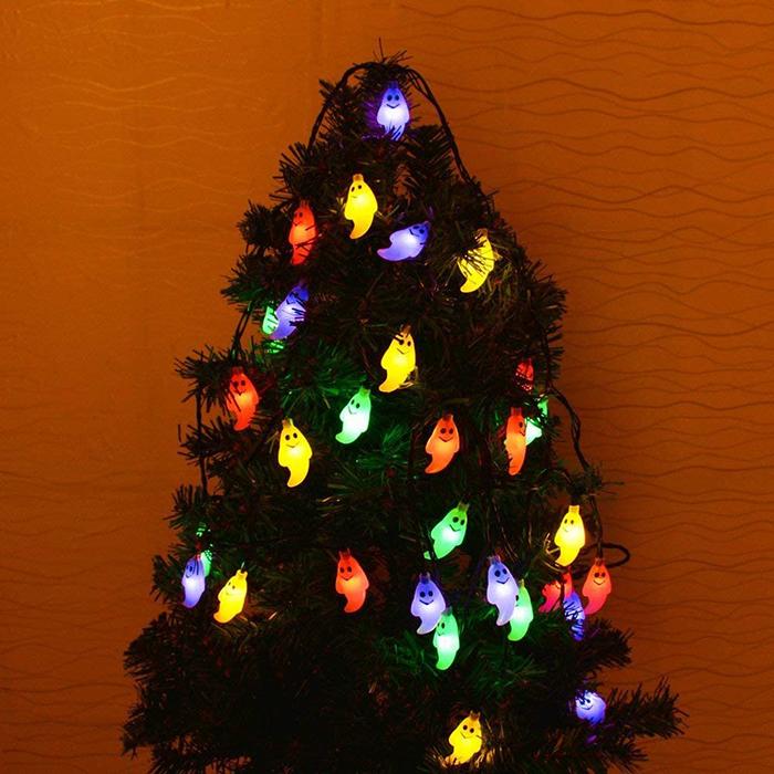 halloween-themed christmas tree