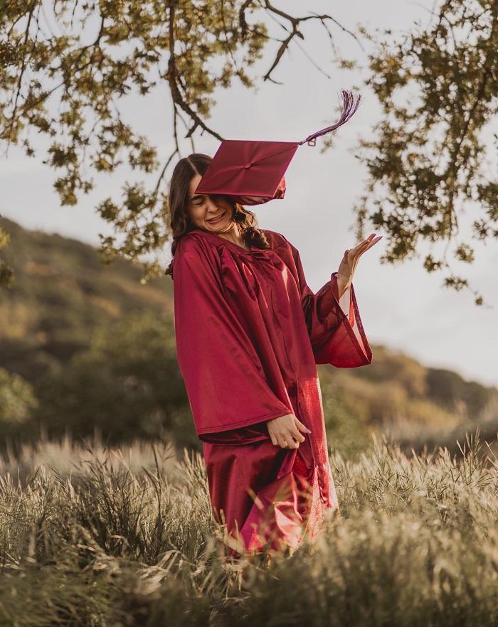 fail graduation photoshoot