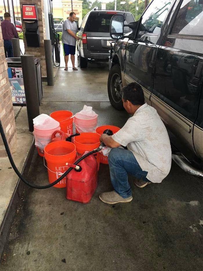 gas refilling in buckets
