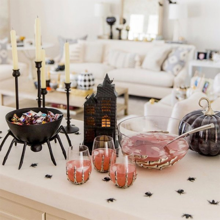 spider candy dish trick-or-treat